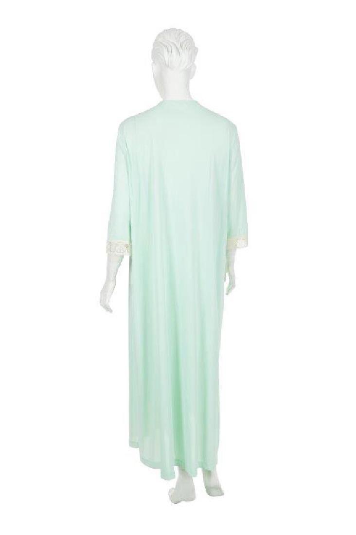 """Oprah Winfrey's """"The Butler"""" Dressing Gown W/COA - 6"""
