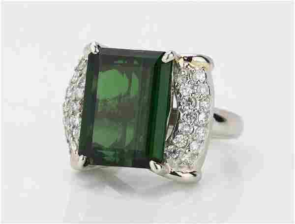 10ct Green Tourmaline & Platinum Ring W/Diamonds