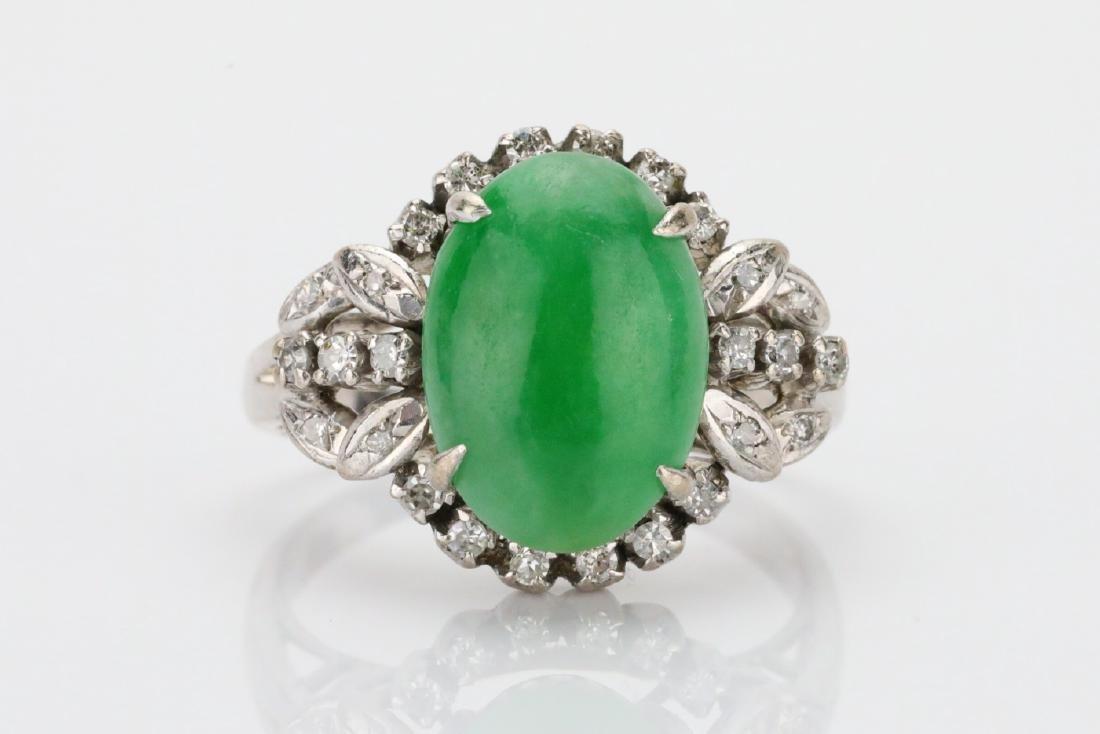 13mm Green Jade, 0.50ctw Diamond & 18K Ring