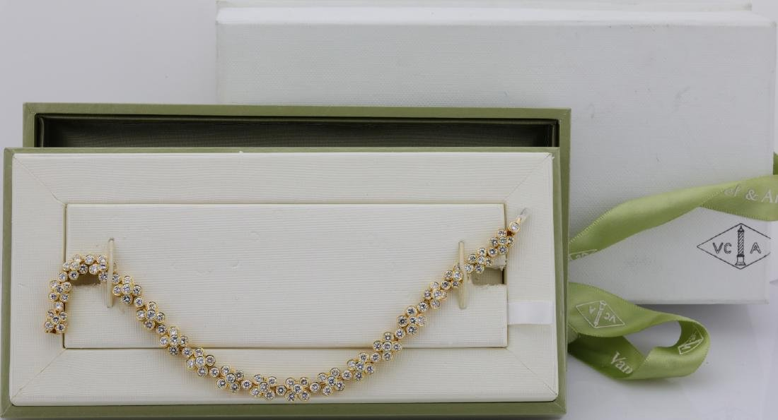 Van Cleef & Arpels 7.50ctw Diamond & 18K Bracelet