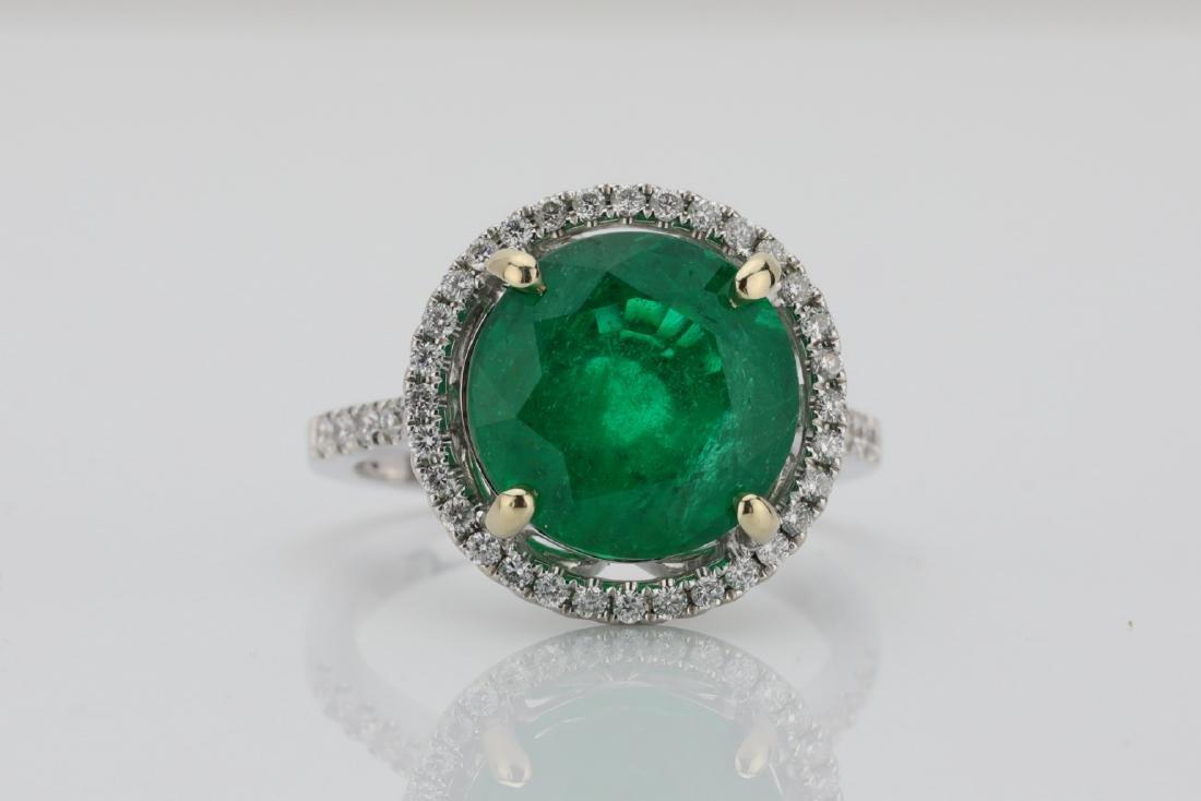 5.15ct Emerald, 0.50ctw Diamond & 18K Ring