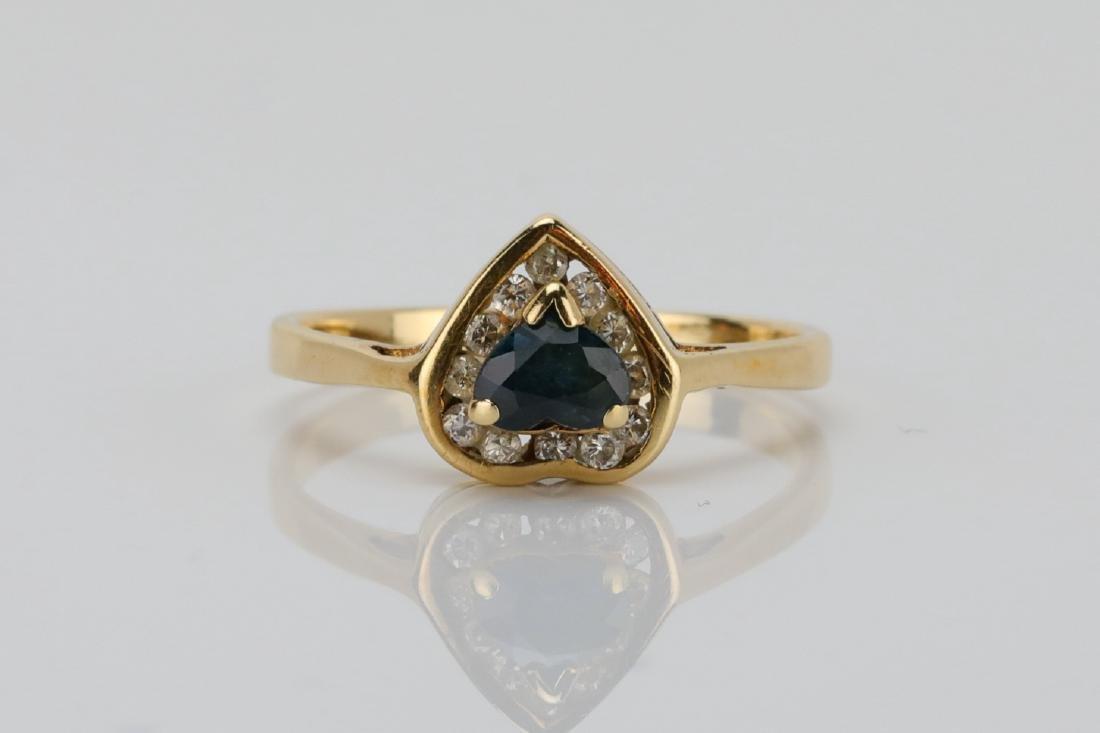 14K & 0.25ct Blue Sapphire Ring W/Diamonds