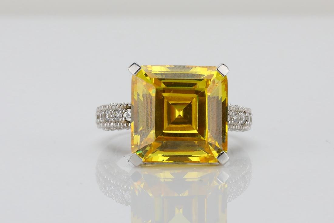 12ct Yellow Gemstone & Sterling Silver Ring