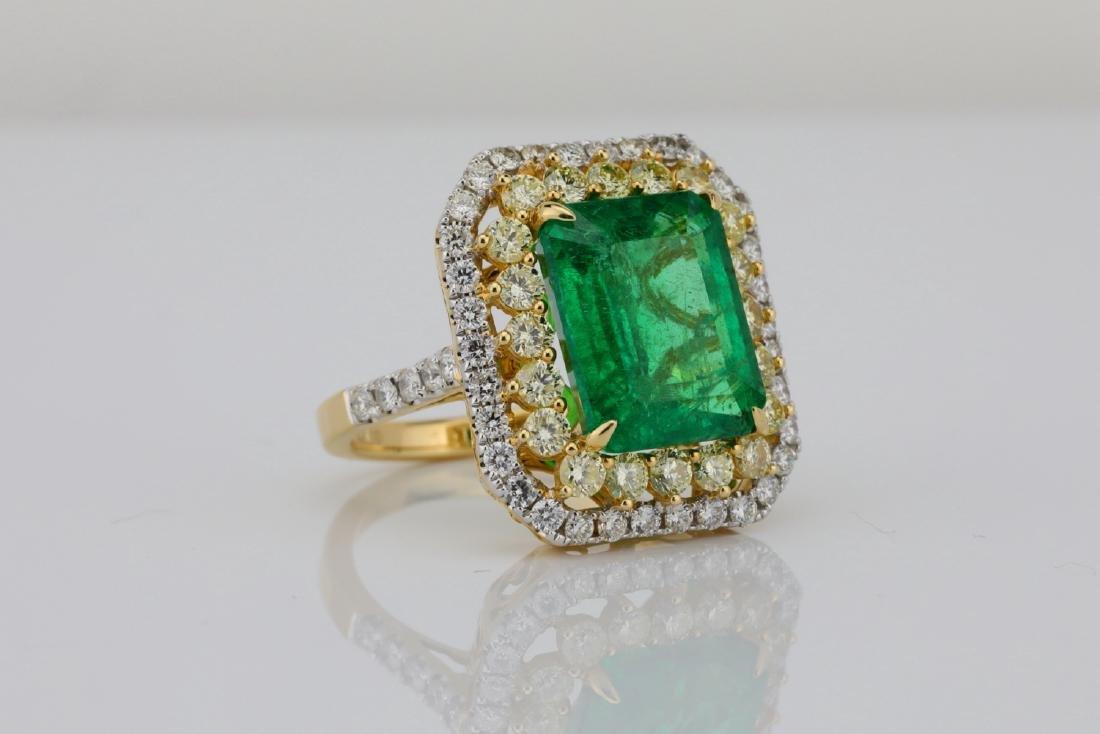 7ct Emerald, 2.25ctw Yellow/White Diamond 14K Ring - 3