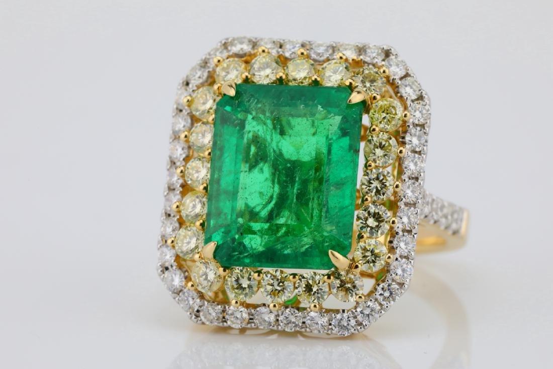 7ct Emerald, 2.25ctw Yellow/White Diamond 14K Ring - 4