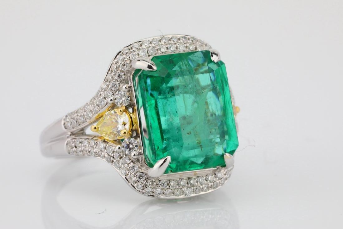 6.35ct Emerald, .8ctw Yellow/White Diamond 18K Ring - 5