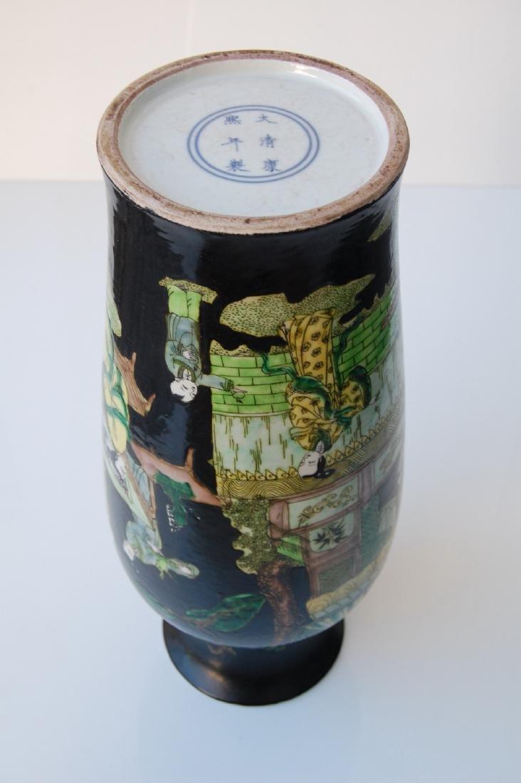 Vietnamese Qing Dynasty Famille Noire Verte Vase - 9