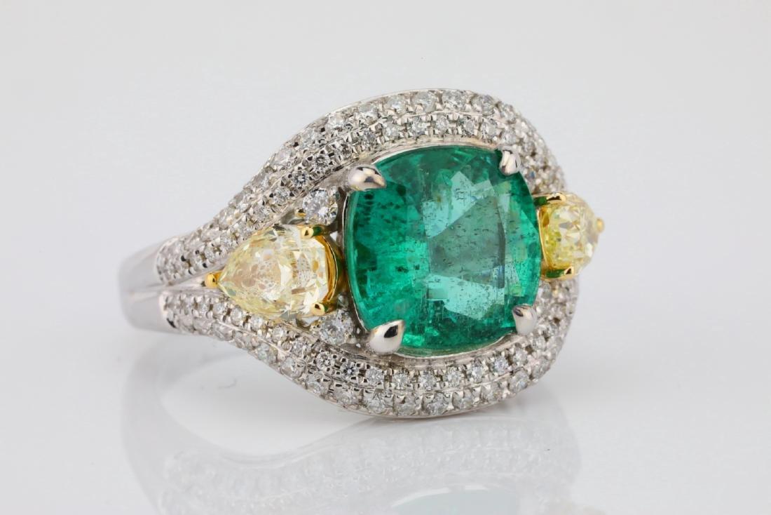 3.85ct Emerald & 1.75ctw Yellow/White Diamond Ring - 5