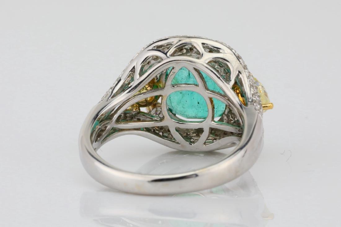 3.85ct Emerald & 1.75ctw Yellow/White Diamond Ring - 8