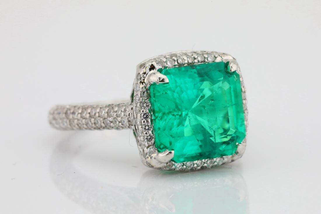 4.75ct Emerald, 0.88ctw Diamond & Platinum Ring - 5