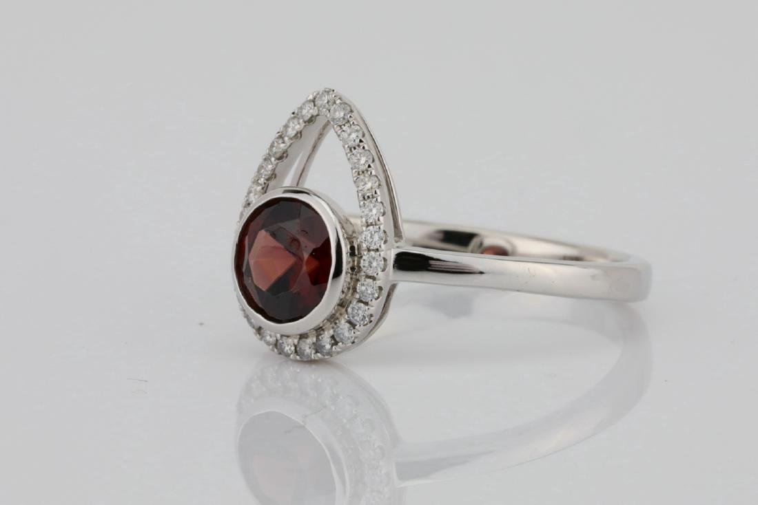 1.25ct Red Zircon & 14K Ring W/0.15ctw Diamonds - 2