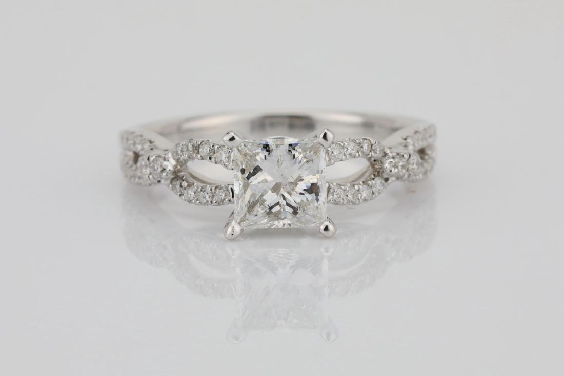 1.30ctw SI1-SI2/G-H Diamond 14K Ring W/1ct Center