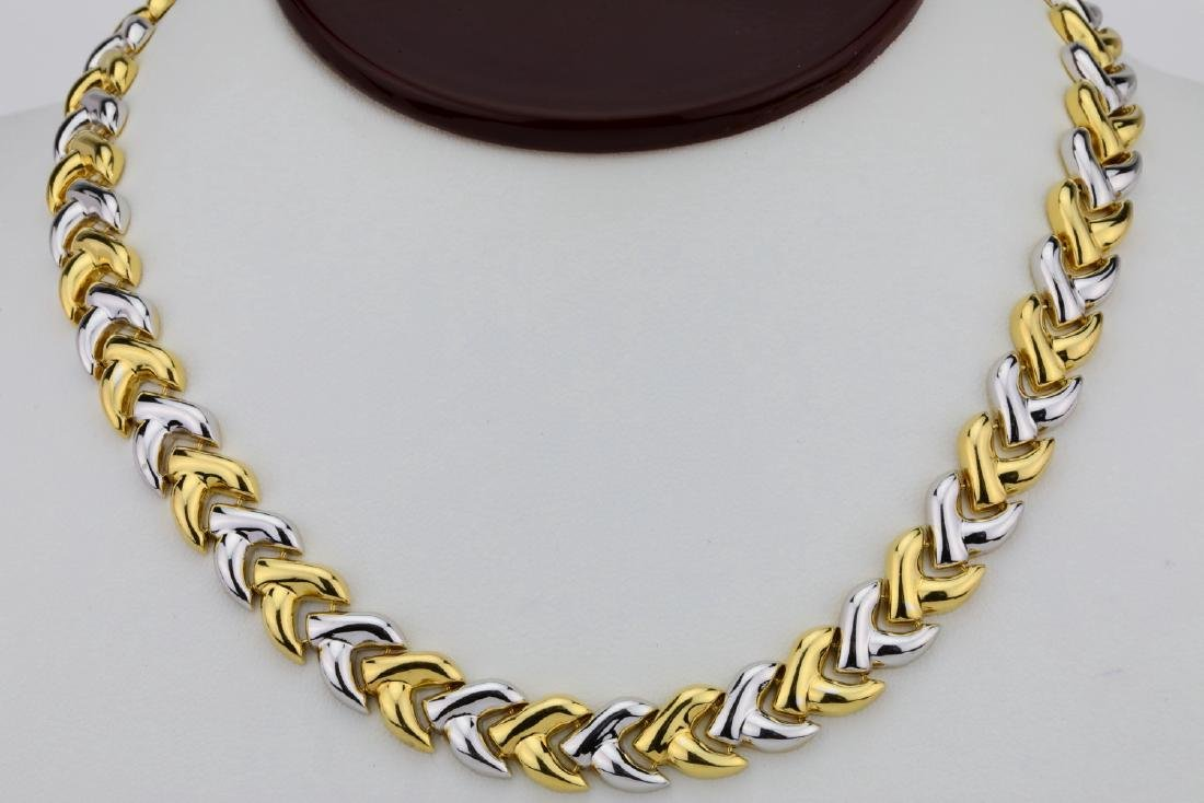 "Italian 18K 11mm Wide V Style Link 17"" Necklace"