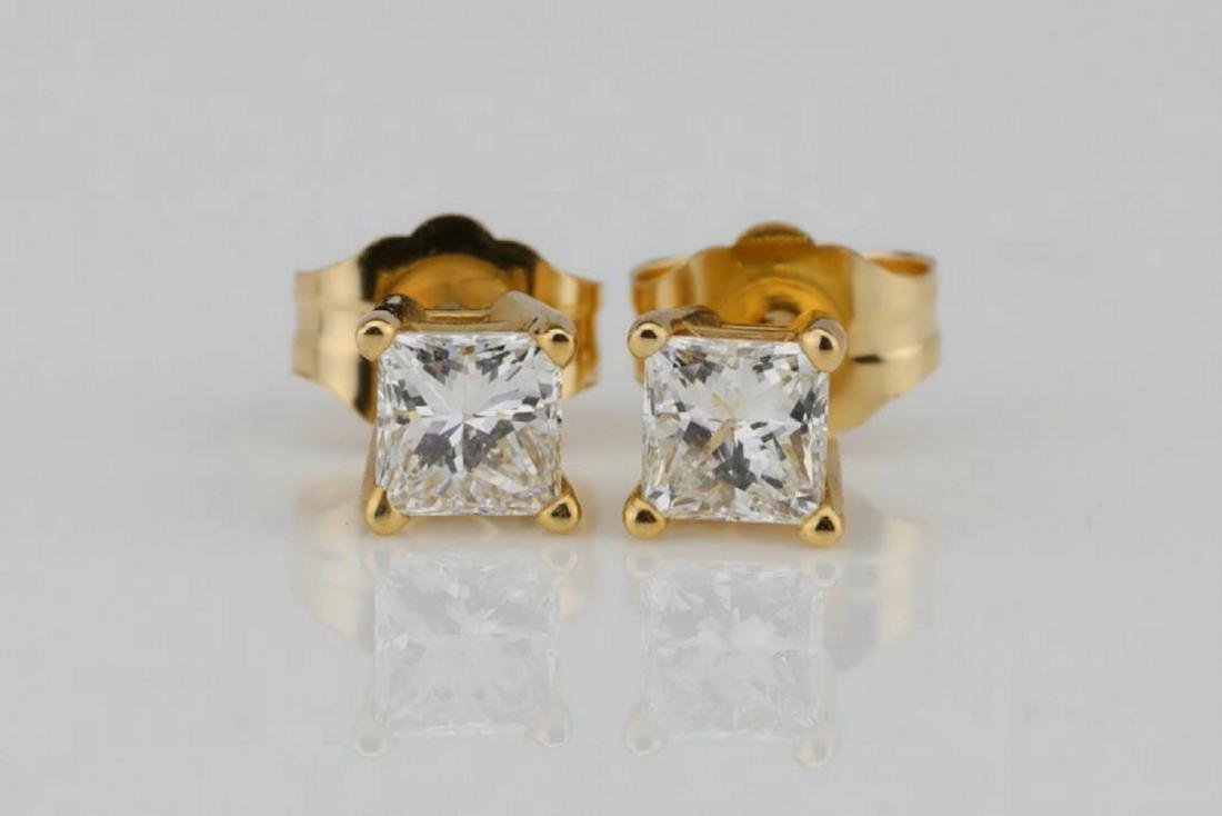 EGL 0.50ctw SI1/G-H Diamond 14K Earrings