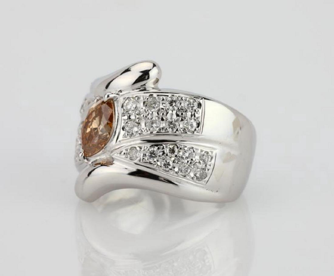 1.20ctw Orangy Brown & White Diamond 18K Ring - 2