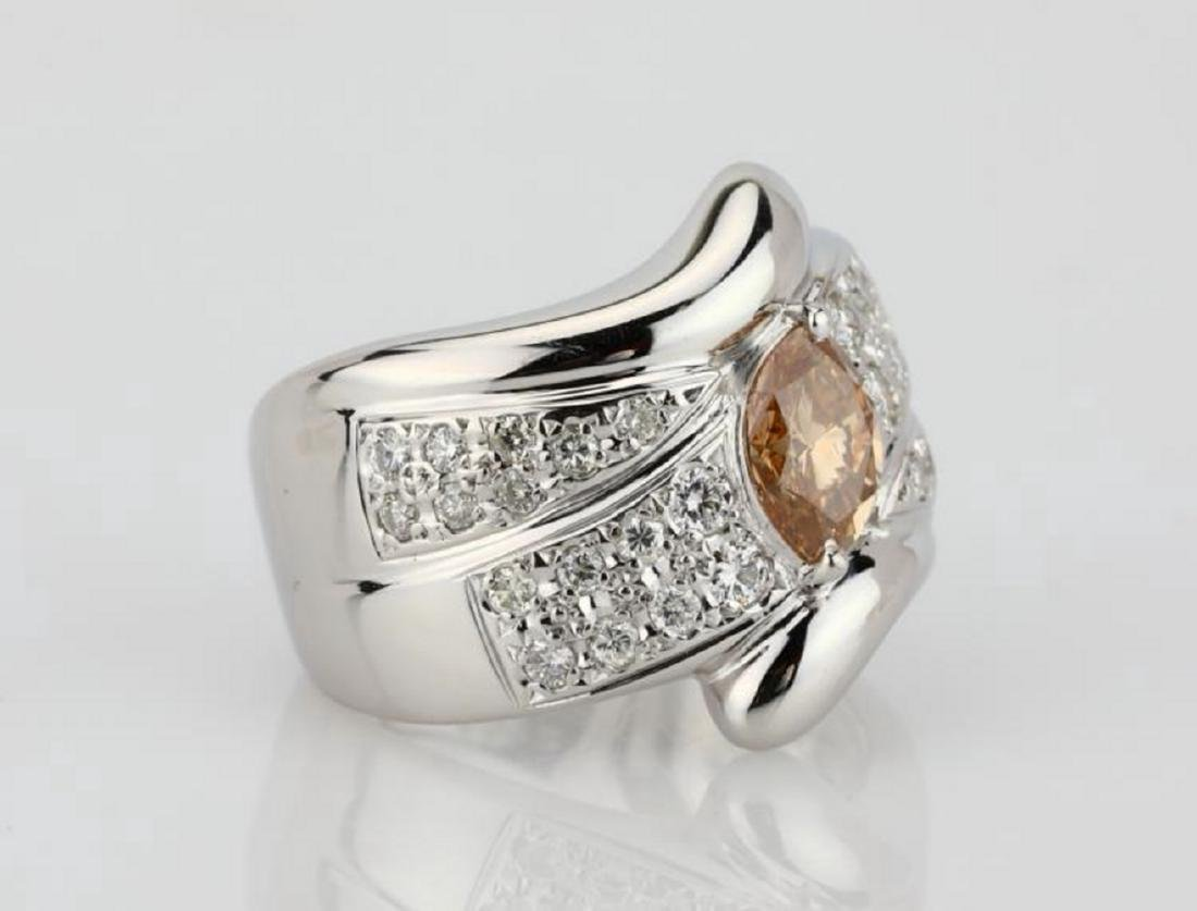 1.20ctw Orangy Brown & White Diamond 18K Ring - 3