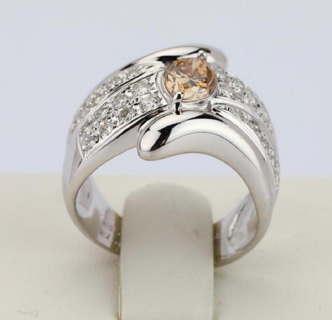 1.20ctw Orangy Brown & White Diamond 18K Ring - 4