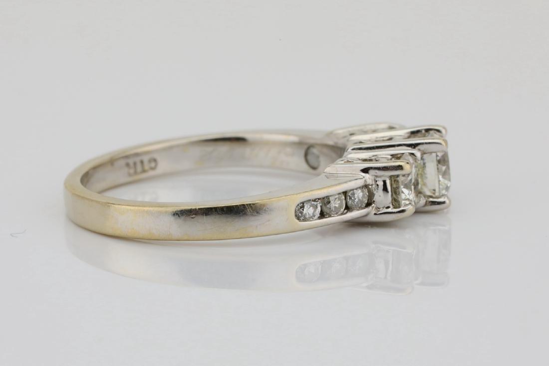 14K White Gold & .85ctw SI1-SI2/G-H Diamond Ring - 5