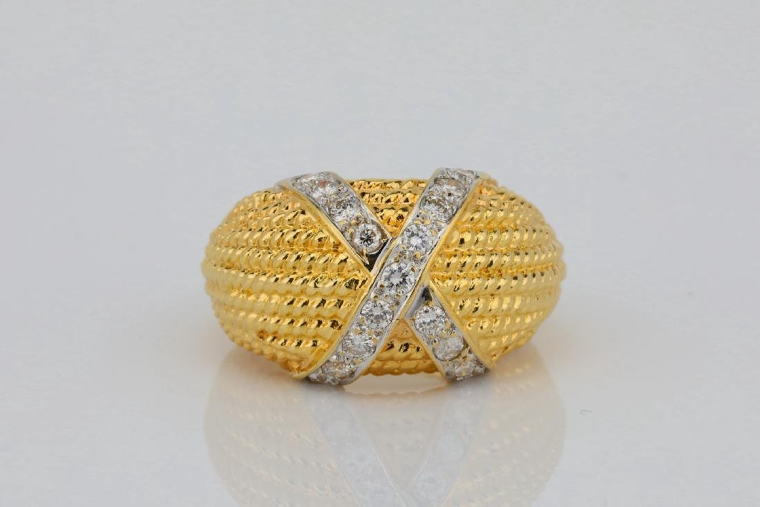 "18K & 0.50ctw SI1-SI2/G-H Diamond ""X"" Motif Ring"