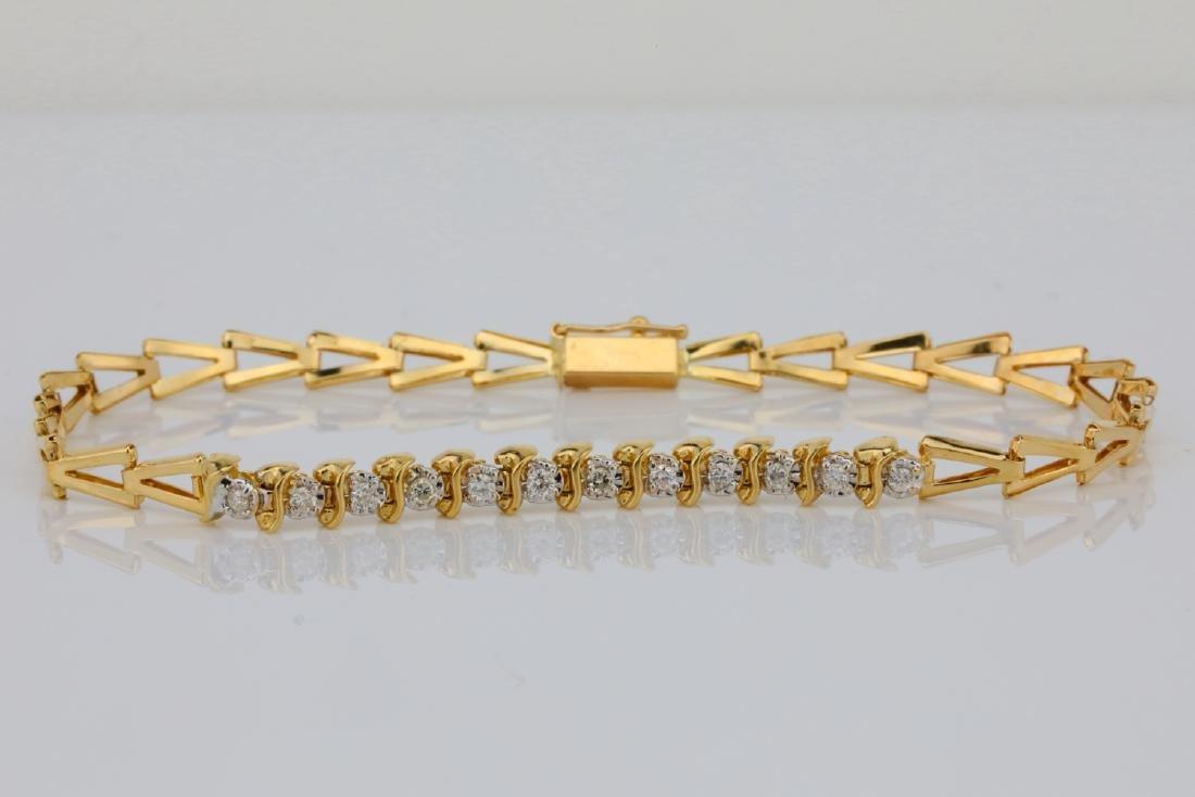 "14K & 0.25ctw SI1-SI2/G-H Diamond 7"" Bracelet"