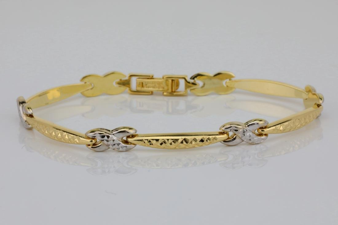 "14K 7"" Turkish Bracelet W/Diamond Cut Details"