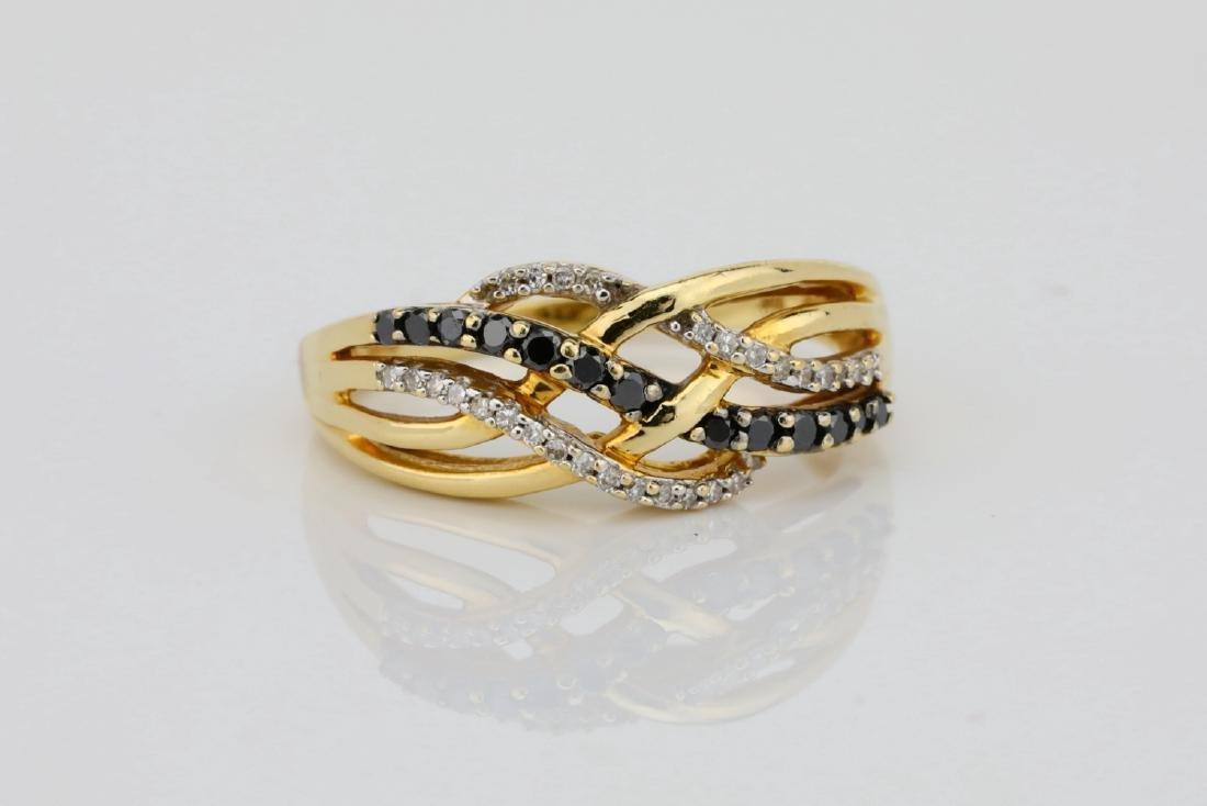 10K & 0.40ctw Black/White Diamond 8.5mm Wide Ring