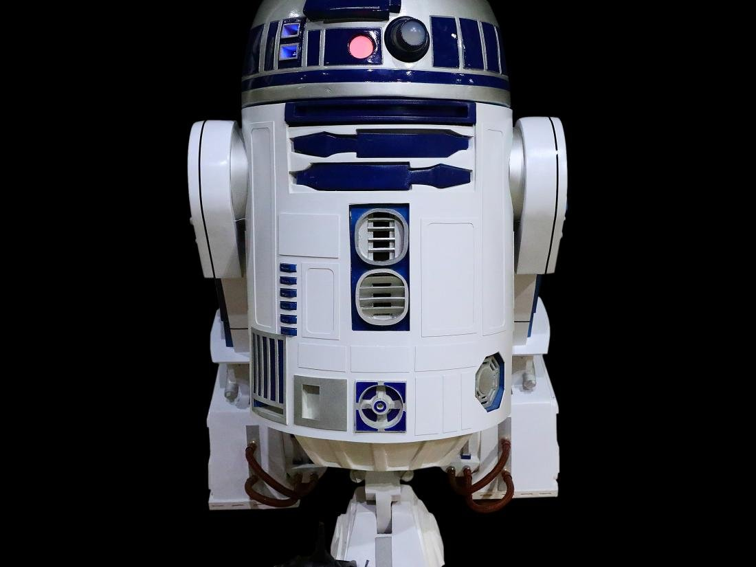 Star Wars Life Size Remote Controlled R2D2 - 3