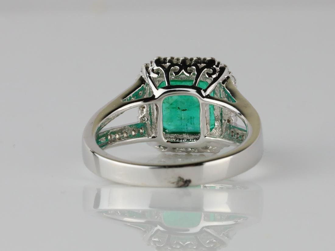 3.30ct Emerald, 0.50ctw Diamond & 18K Ring - 4