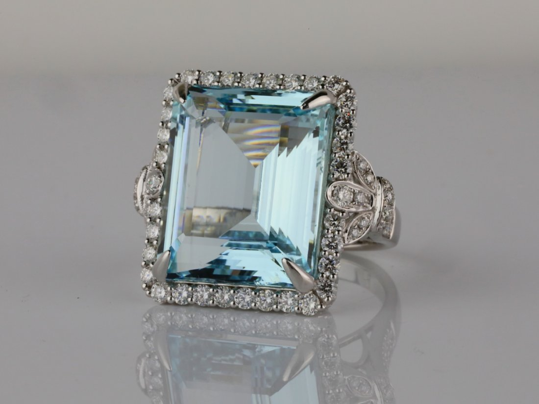 22.25ct Aquamarine, 1.70ctw Diamond & 14K Ring
