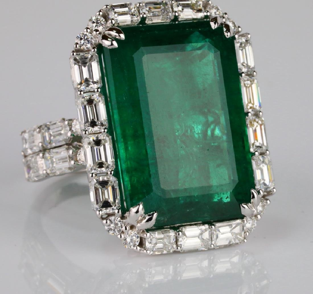 23.95ct Emerald, 5.5ctw VS1-VS2/G-H Diamond 18K Ring - 6