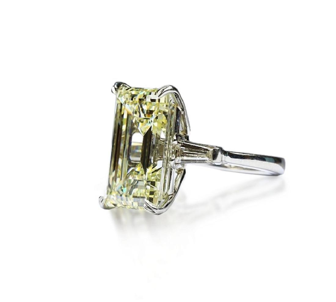 16.97ct GIA VVS2/Y-Z Diamond in Platinum Ring - 4