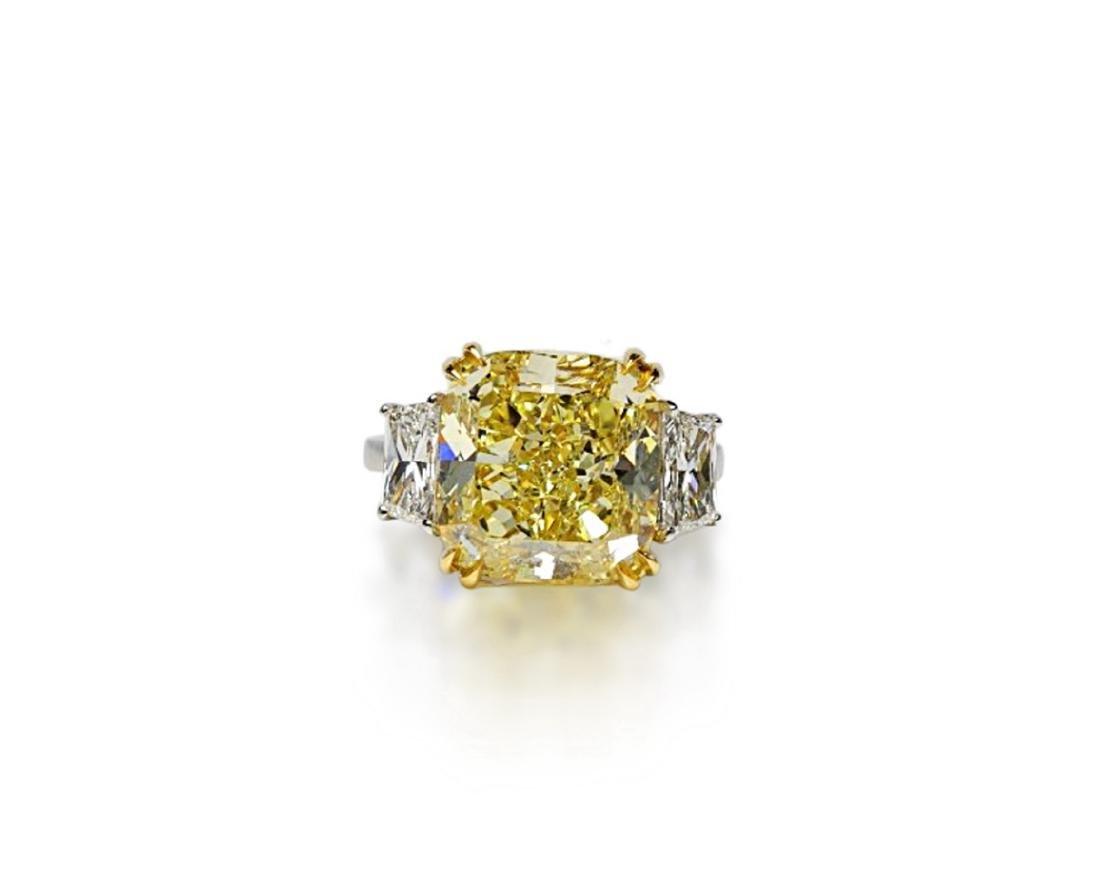 12.39ct GIA VVS2 Fancy Yellow Diamond Plat. Ring