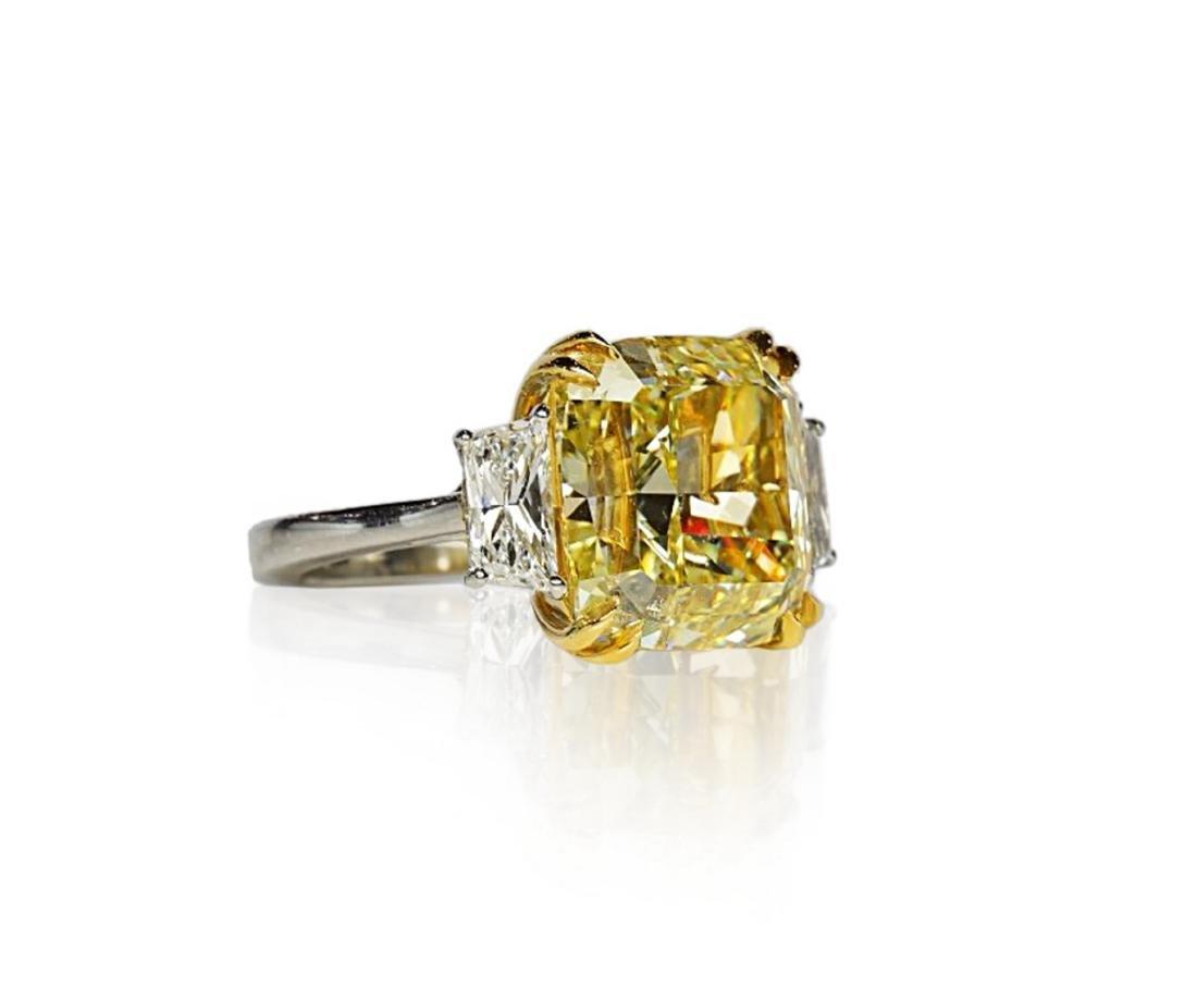 12.39ct GIA VVS2 Fancy Yellow Diamond Plat. Ring - 4
