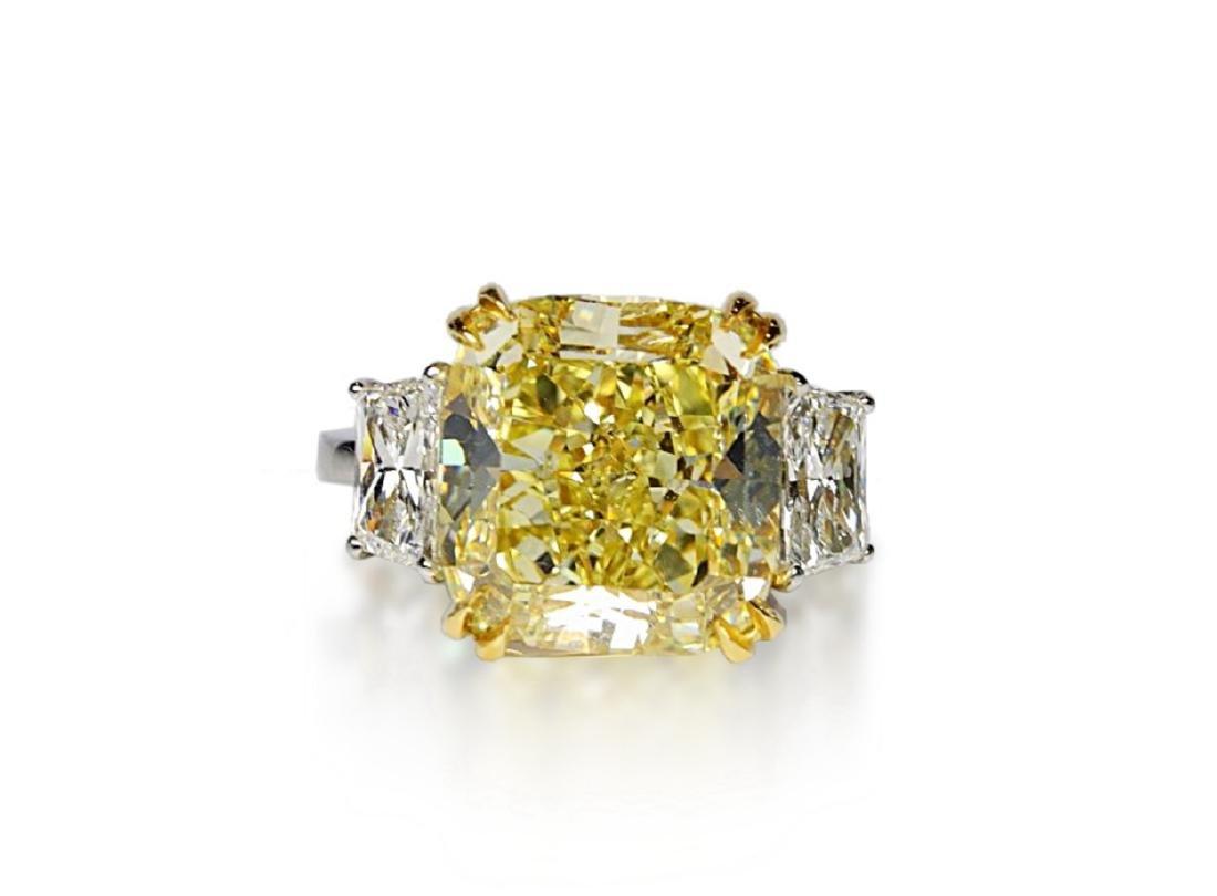 12.39ct GIA VVS2 Fancy Yellow Diamond Plat. Ring - 5