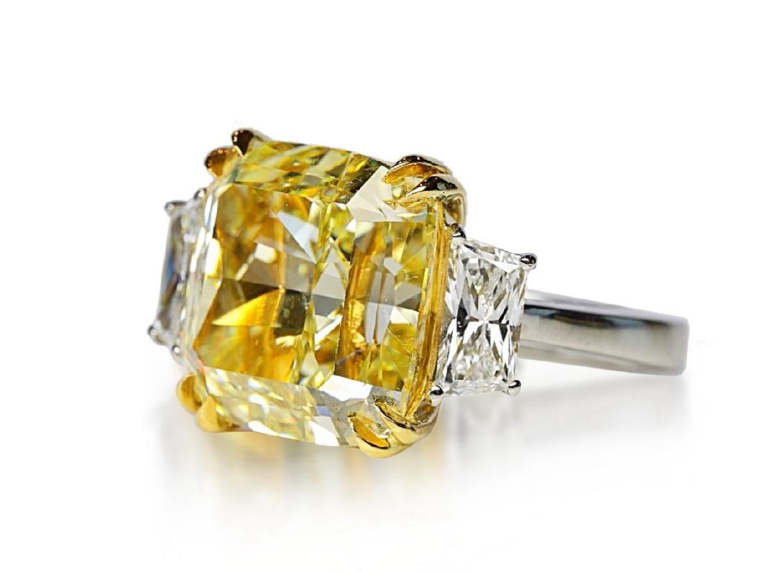 12.39ct GIA VVS2 Fancy Yellow Diamond Plat. Ring - 6