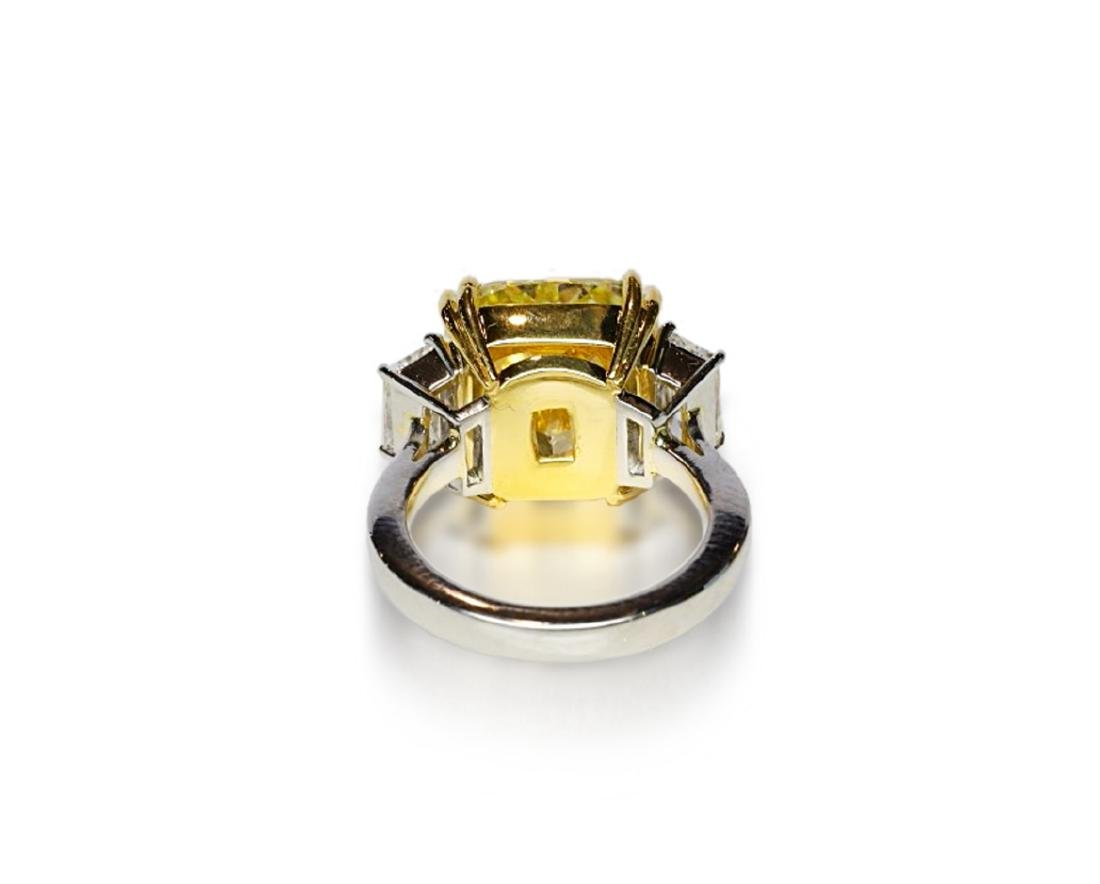 12.39ct GIA VVS2 Fancy Yellow Diamond Plat. Ring - 8