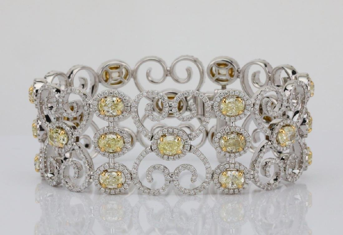 17.25ctw VS1-VS2 Yellow/White Diamond 18K Bracelet