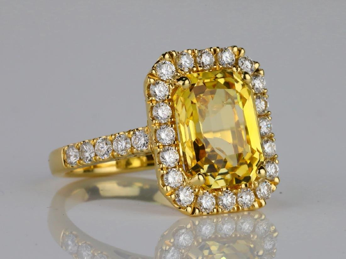 7.79ct GIA Yellow Sapphire & 1.50ctw Diamond Ring - 3