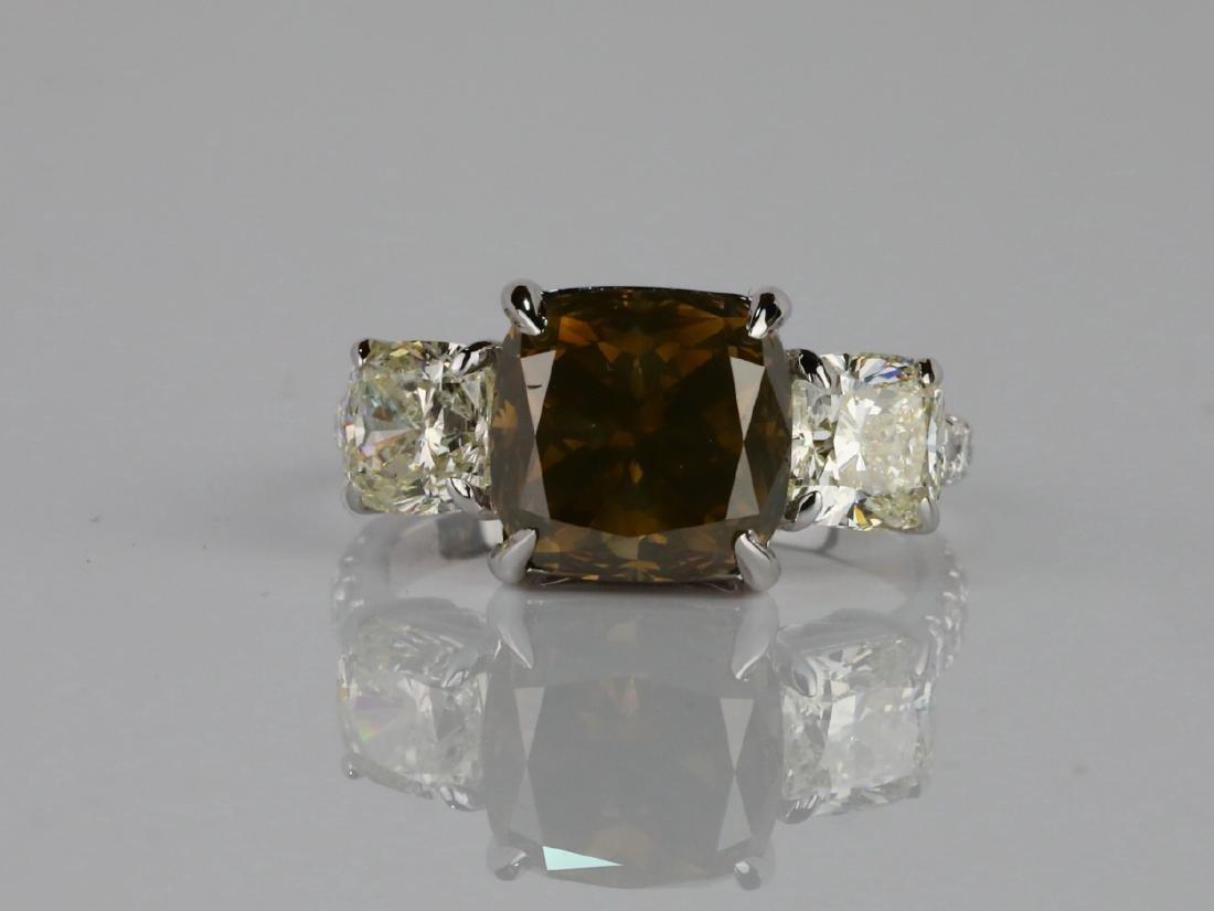 7.53ctw Greenish Brown & White Diamond 18K Ring - 2