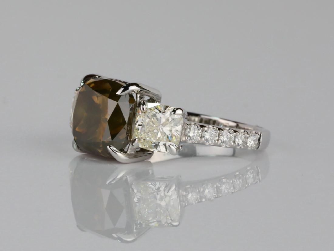 7.53ctw Greenish Brown & White Diamond 18K Ring - 3
