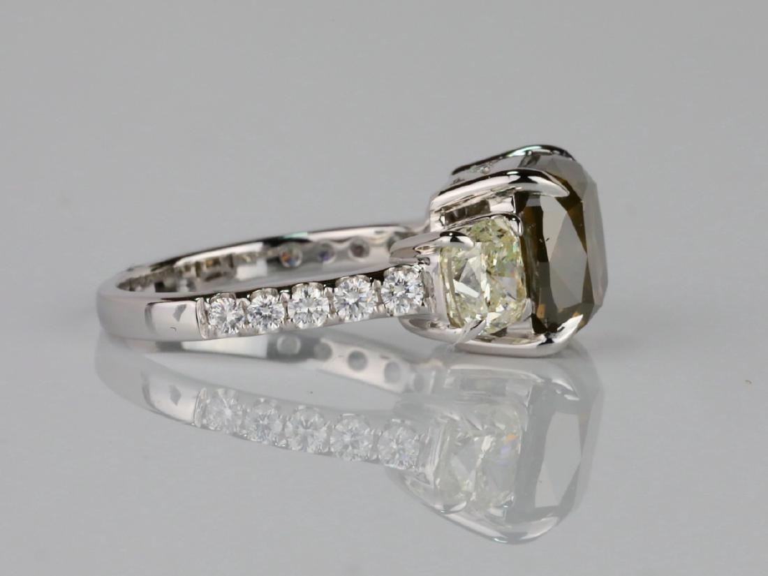 7.53ctw Greenish Brown & White Diamond 18K Ring - 6