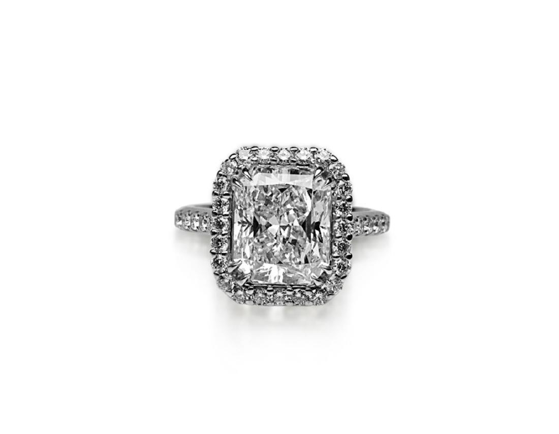 5ct GIA VS1/E Diamond, 0.80ctw Diamond 18K Ring