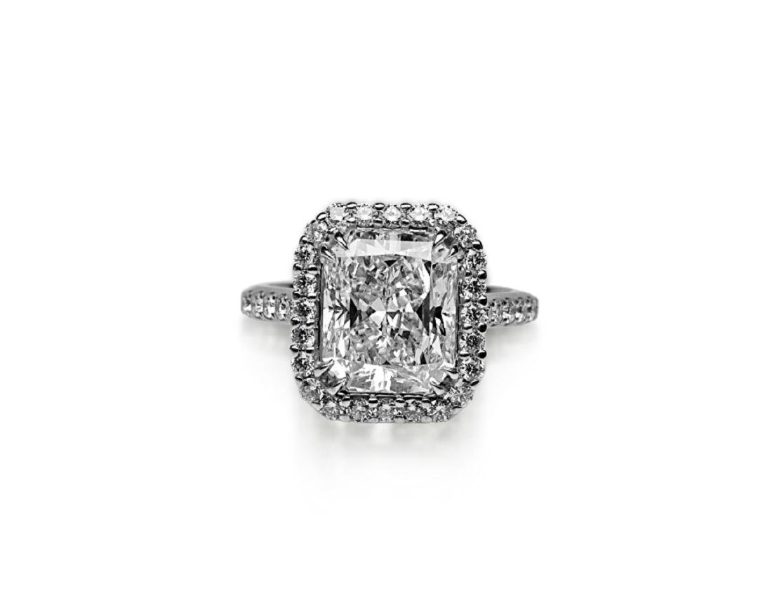 5ct GIA VS1/E Diamond, 0.80ctw Diamond 18K Ring