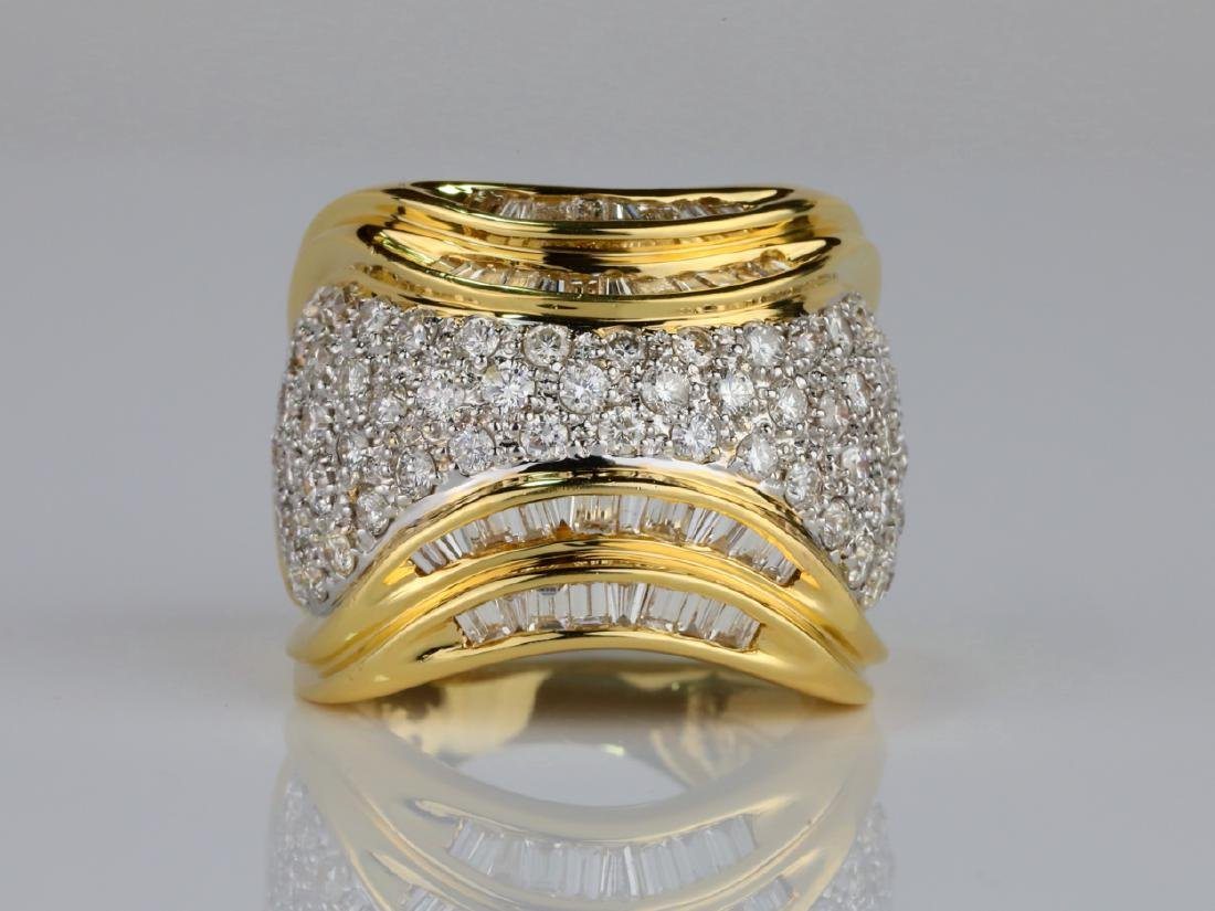 4.00ctw VS1-VS2/F-G Diamond & 18K 20mm Wide Ring