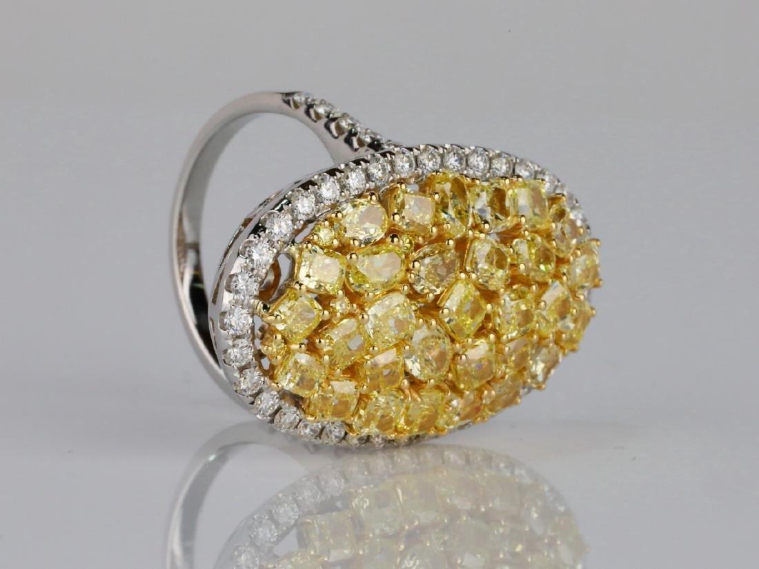 6.20ctw VS2-SI1 Yellow & White Diamond 18K Ring - 3