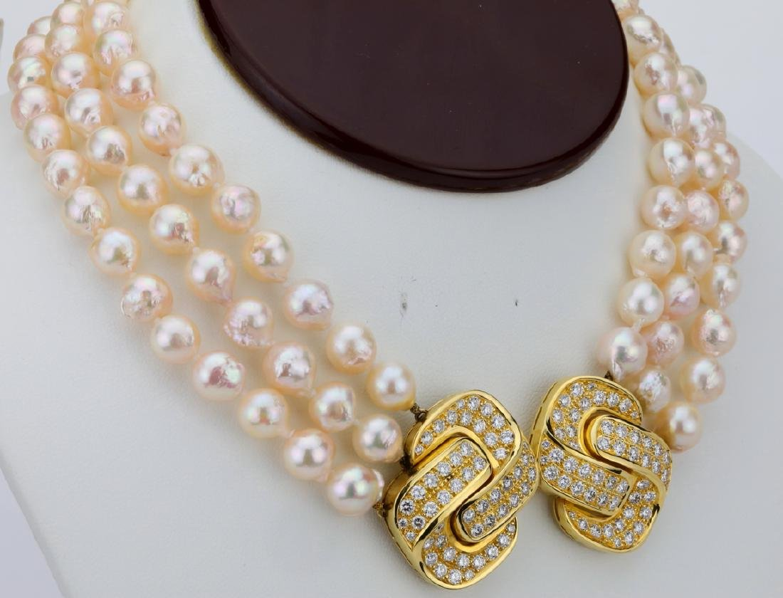 5.00ctw Diamond 18K Pearl Triple-Strand Necklace - 4
