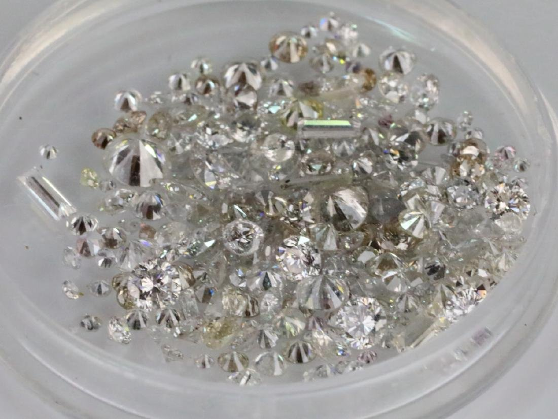 5.66ctw Unsearched Loose Diamonds in Capsule - 3