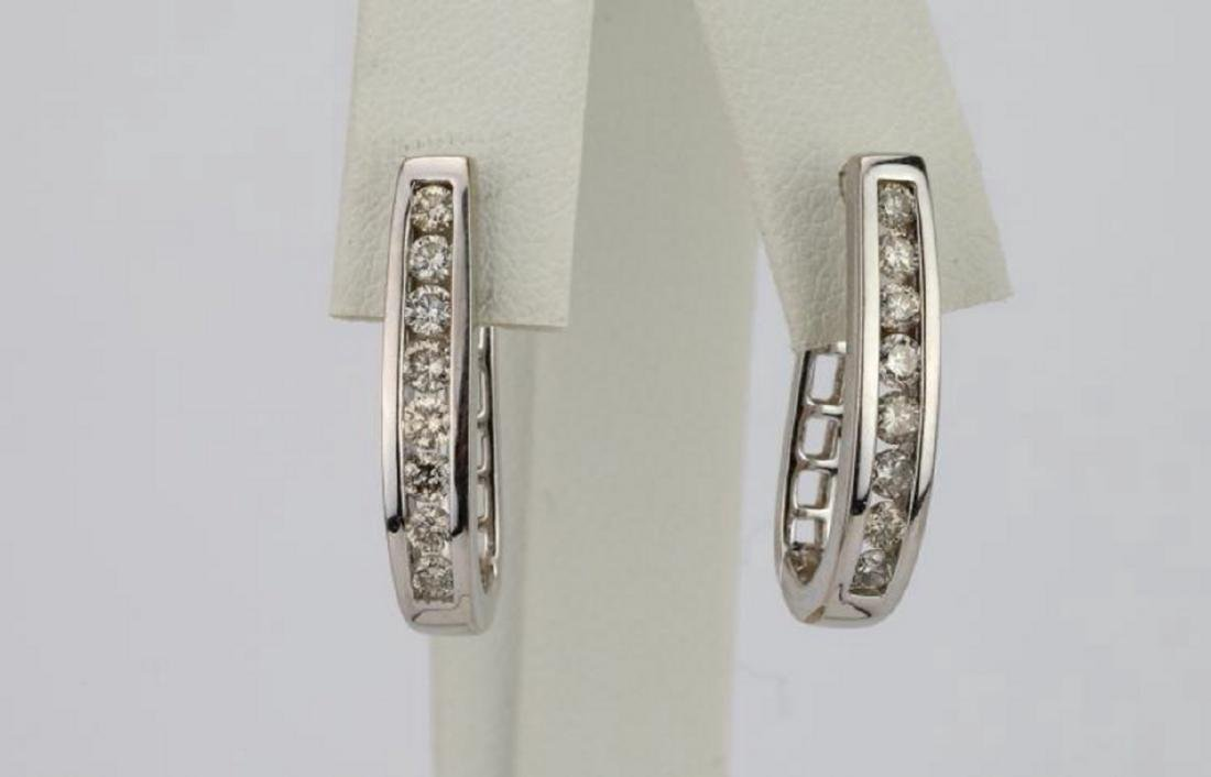 """1.15ctw SI1-SI2/G-H Diamond 14K 1"""" Hoop Earrings"""