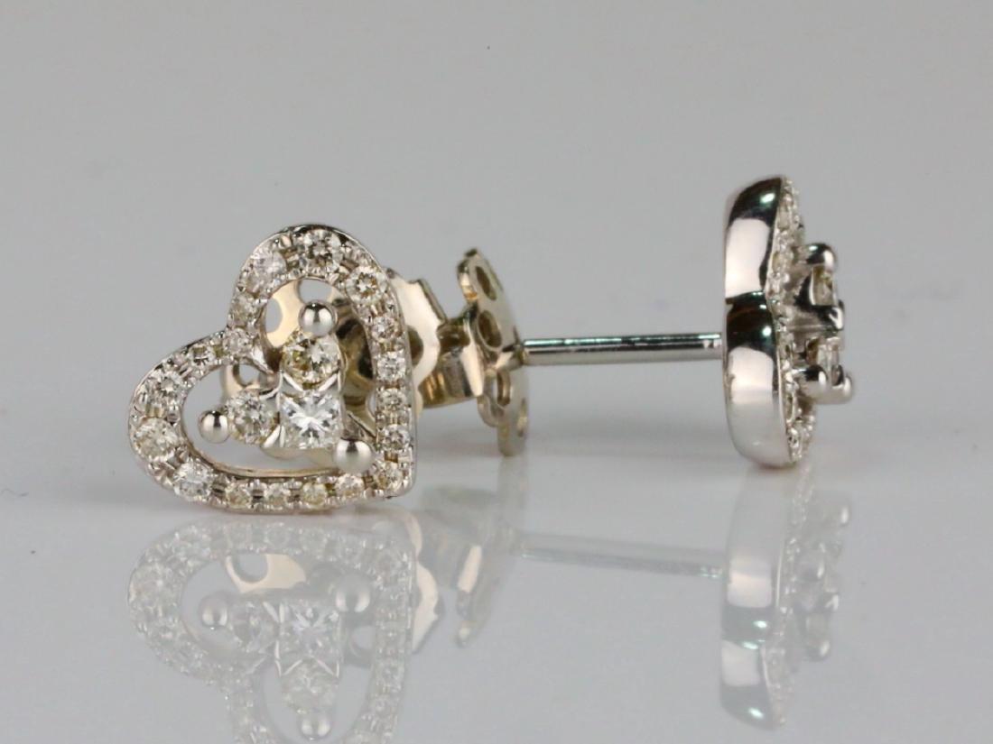 14K & 0.50ctw SI1-SI2/G-H Diamond Stud Earrings - 3