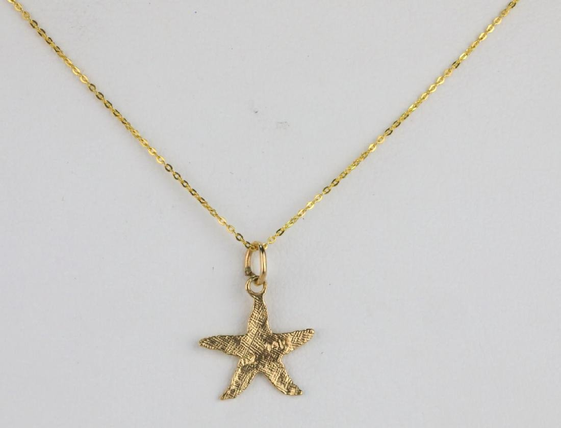 """Solid 14K Yellow Gold 18"""" Starfish Necklace"""